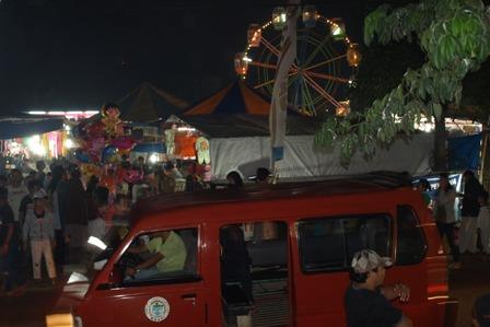 Pasar Malam Tampak dari luar